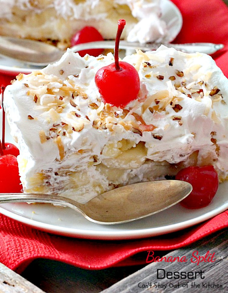 Banana Split Dessert Can T Stay Out Of The Kitchen