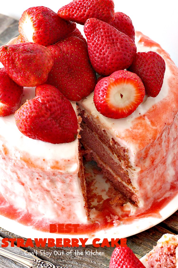 Best Strawberry Cake Can T Stay Out Of The Kitchen