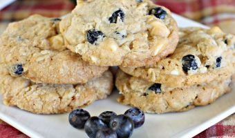 Blueberry Vanilla Chip Oatmeal Cookies
