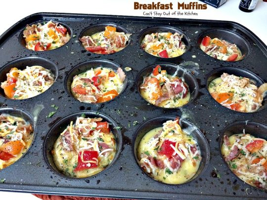 Breakfast Muffins | Can't Stay Out of the Kitchen | these #muffins are so cute and irresistible. They have a #hashbrown crust filled with #bacon #eggs and #cheese. Every mouthful is so scrumptious you won't want to stop at just one! #glutenfree #breakfast