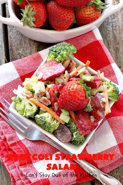 Broccoli Strawberry Salad | Can't Stay Out of the Kitchen | this delicious #broccoli #salad is perfect for #Thanksgiving or #Christmas menus. It's also healthy, #glutenfree & uses uncured, nitrate-free #bacon to give it some punch! #strawberries #grapes