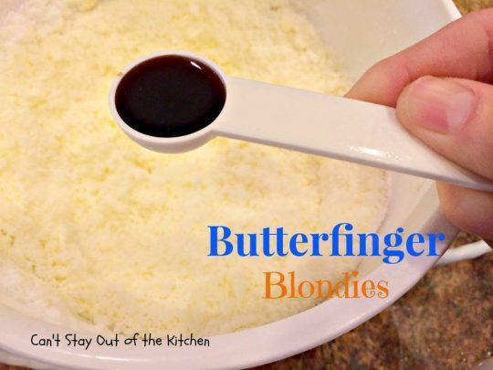Butterfinger Blondies - IMG_0940