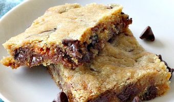 Butterfinger Chocolate Chip Blondies