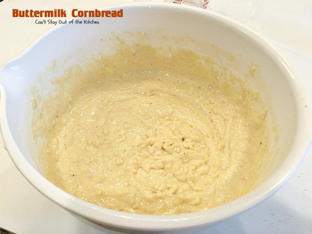 how to make buttermilk cornbread