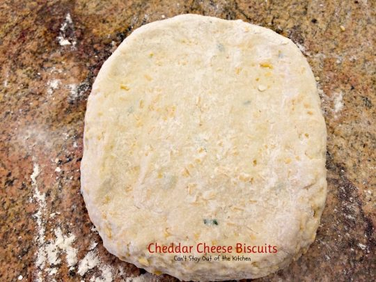 Cheddar Cheese Biscuits | Can't Stay Out of the Kitchen | these amazing #biscuits are filled with #cheddarcheese and chives for a really fabulous taste.