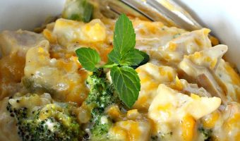 Cheesy Chicken Broccoli and Rice Bake