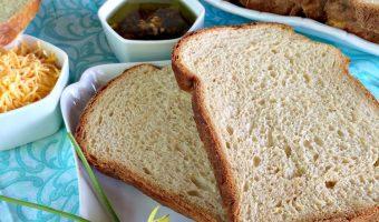 Cheesy Ranch Bread