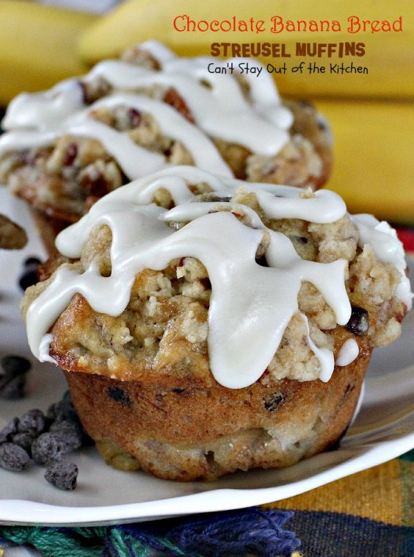 Chocolate Banana Bread Streusel Muffins | Can't Stay Out of the Kitchen