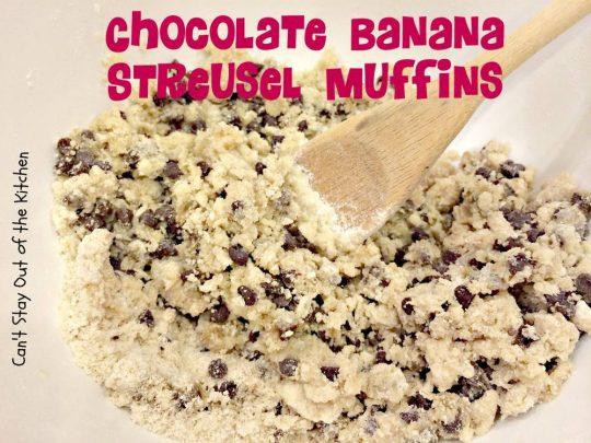 Chocolate Banana Streusel Muffins - IMG_4738.jpg