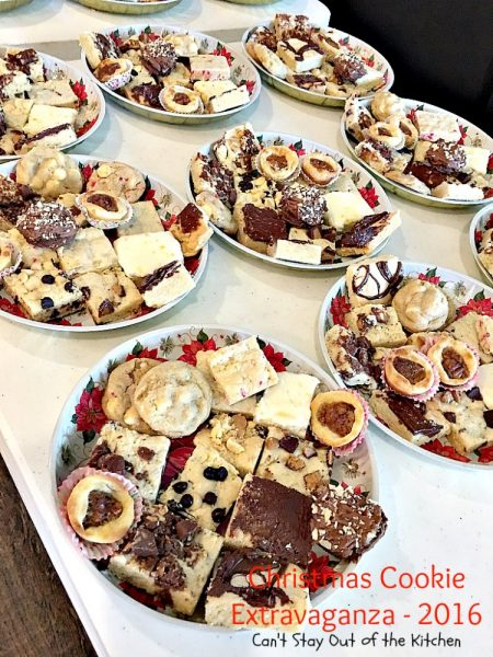 Christmas Cookie Extravaganza - 2016 | Can't Stay Out of the Kitchen | 36 family favorite #Christmas #cookie recipes. #dessert