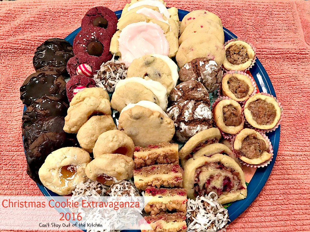 Favorite Christmas Cookies.Christmas Cookie Extravaganza 2016 Can T Stay Out Of The