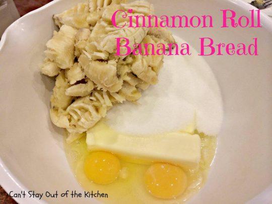 Cinnamon Roll Banana Bread - IMG_2197.jpg