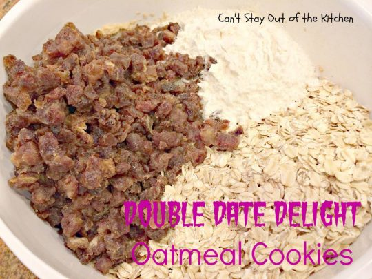 Double Date Delight Oatmeal Cookies - IMG_6062.jpg