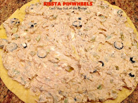 Fiesta Pinwheels | Can't Stay Out of the Kitchen | these fantastic #TexMex #Pinwheels are the perfect #appetizer for game days, #tailgating parties or potlucks. They're easy to make too. #CincoDeMayo #tortillas