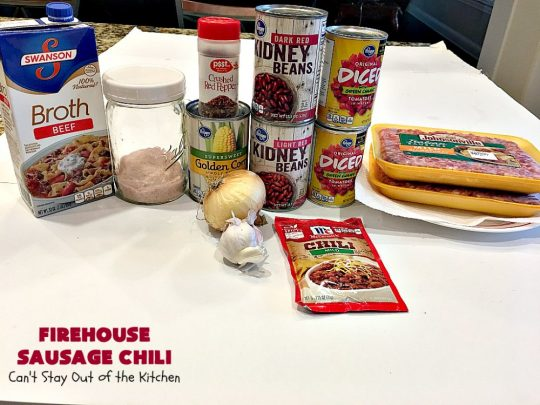 Firehouse Sausage Chili | This fantastic #chili uses #Italian #sausage, 2 kinds of #beans and a #chili seasoning packet to amp up the flavors. It's made in the #crockpot so it's incredibly easy.