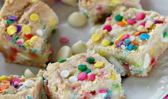 Funfetti White Chocolate Gooey Bars