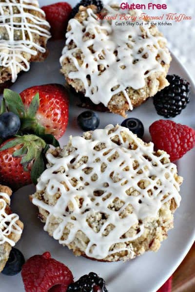 Gluten Free Mixed Berry Streusel Muffins | Can't Stay Out of the Kitchen