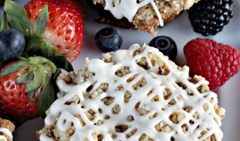 Gluten Free Mixed Berry Streusel Muffins