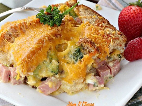 Ham and Cheese Breakfast Casserole - Can't Stay Out of the Kitchen
