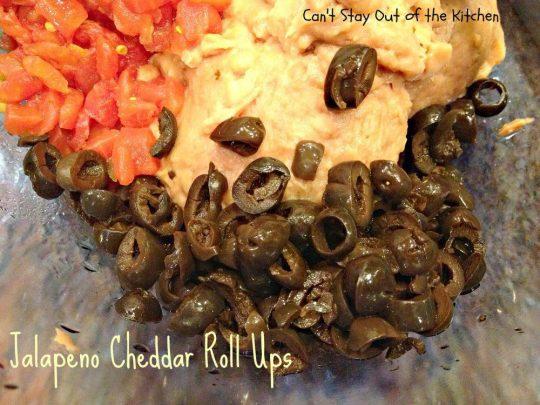Jalapeno Cheddar Roll Ups - IMG_3065