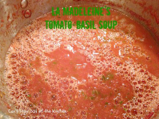 La Madeleine's Tomato-Basil Soup - IMG_5801.jpg