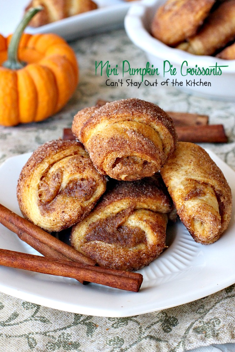 Mini Pumpkin Pie Croissants | Can't Stay Out of the Kitchen
