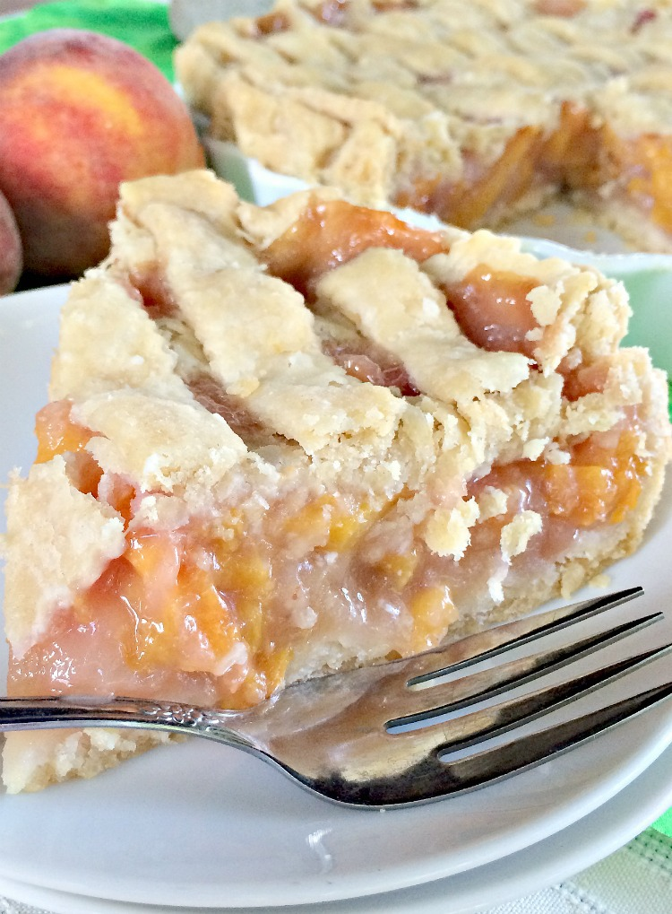 White Flesh Peach Pie - Can't Stay Out of the Kitchen