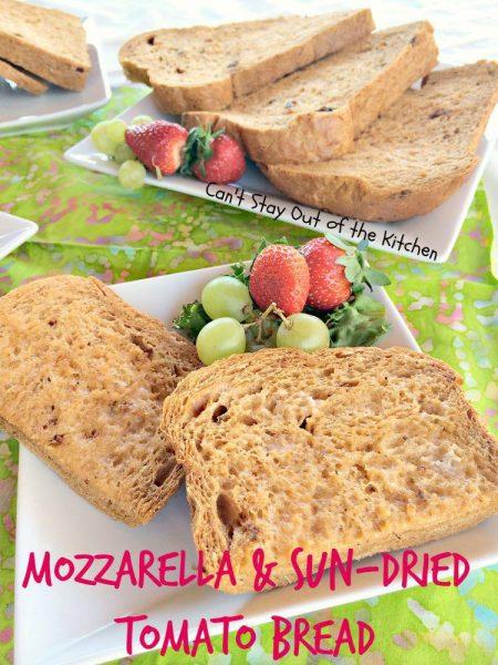 Mozzarella and Sun-Dried Tomato Bread - IMG_8295.jpg