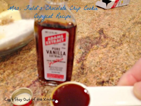 Mrs. Field's Chocolate Chip Cookie Copycat Recipe - IMG_6907