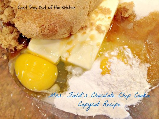 Mrs. Field's Chocolate Chip Cookie Copycat Recipe - IMG_6908