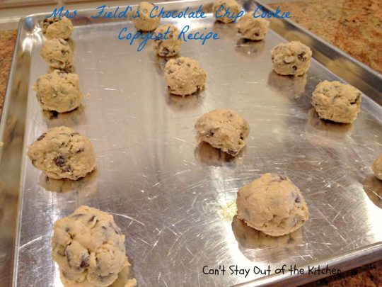 Mrs. Field's Chocolate Chip Cookie Copycat Recipe - IMG_6913