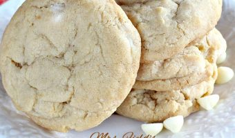 Mrs. Field's White Chocolate Chip Cookie Copycat Recipe