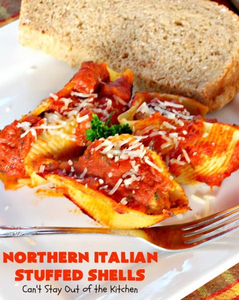 Northern Italian Stuffed Shells | Can't Stay Out of the Kitchen | tremendous #PaulaDeen #pasta #recipe that's out of this world! This one uses #beef, #spinach, both #creamcheese & #parmesancheese. Makes 2 large #casseroles so you can freeze one for later. #stuffedshells #Italian