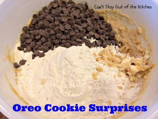 Oreo Cookie Surprises - IMG_3931