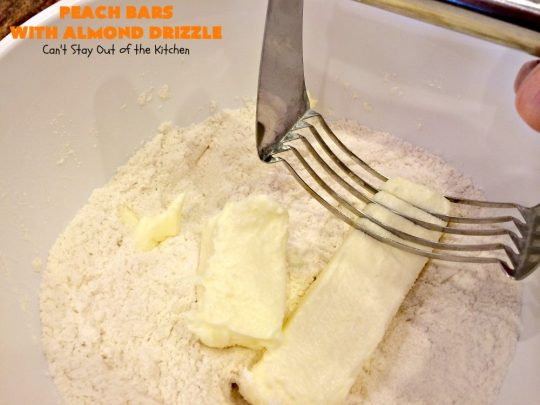 Peach Bars with Almond Drizzle | Can't Stay Out of the Kitchen | this heavenly #dessert uses fresh #peaches, has a streusel topping & glazed with #almond icing. Perfect #dessert for #LaborDay or other summer holidays.