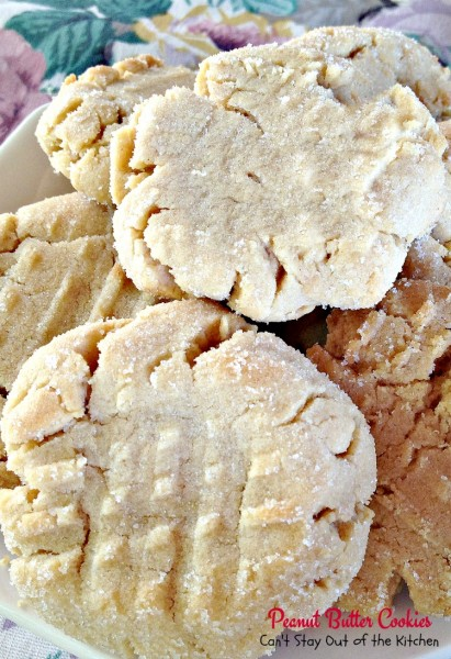 Peanut Butter Cookies | Can't Stay Out of the Kitchen | Our favorite #peanutbutter #cookies. #dessert