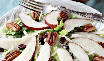 Pear Salad with Ginger Vinaigrette