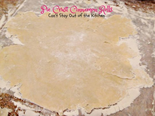 Pie Crust Cinnamon Rolls | Can't Stay Out of the Kitchen | wonderful #homemade #cinnamonrolls made from #piecrust mix! #cinnamon #dessert