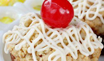 Pina Colada Streusel Muffins