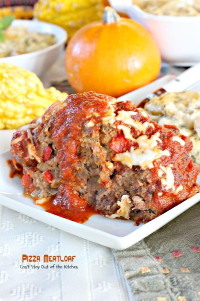 Pizza Meatloaf | Can't Stay Out of the Kitchen | #Pizza and #meatloaf come together in one incredibly delicious #maindish. #beef #mozzarellacheese