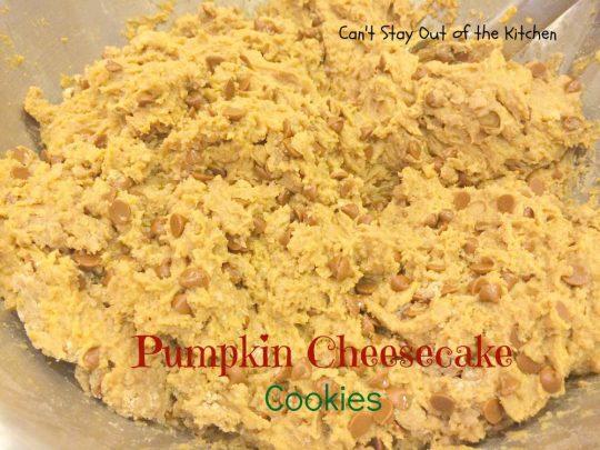 Pumpkin Cheesecake Cookies - IMG_2868
