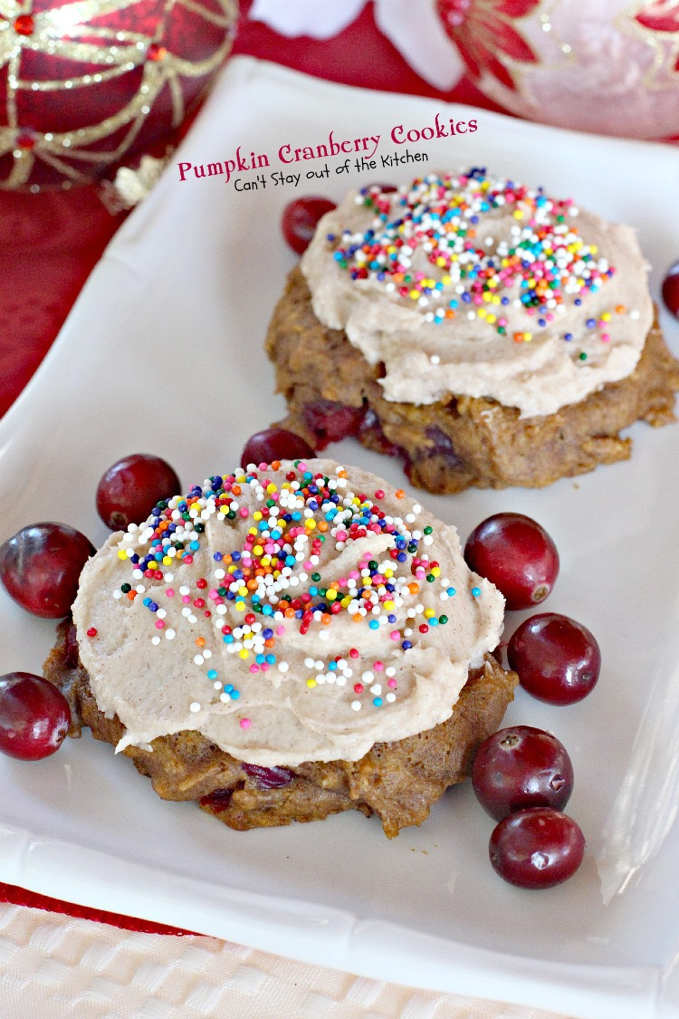 White Chocolate Cranberry Cheesecake Cookies - Can't Stay ...
