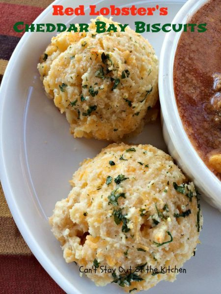 How to Make Red Lobsters Cheddar Biscuits
