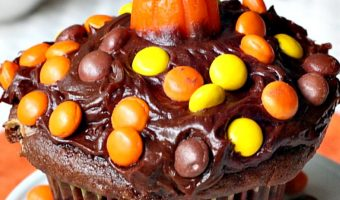 Reese's Candy Cupcakes