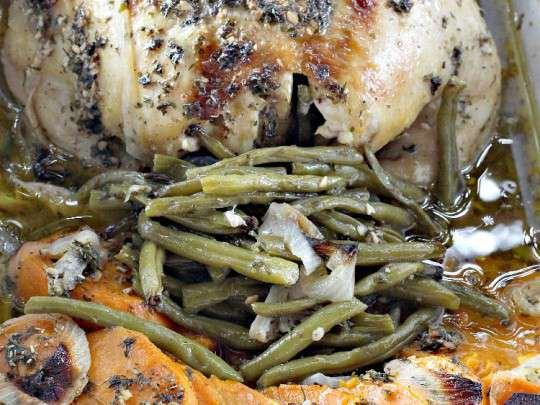 Chicken With Garlic, Basil, And Parsley Recipe — Dishmaps