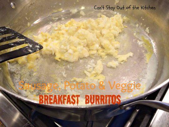 Sausage, Potato & Veggie Breakfast Burritos - IMG_7437.jpg