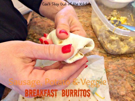 Sausage, Potato & Veggie Breakfast Burritos - IMG_7449.jpg