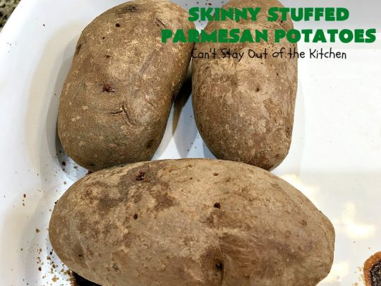 Skinny Stuffed Parmesan Potatoes | This easy #potato #recipe is a terrific way to enjoy #BakedPotatoes without all the calories. Only 150 calories per serving! Perfect #SideDish for #holidays like #FathersDay or special occasion meals with company. #ParmesanCheese #SkinnyStuffedParmesanPotatoes #GlutenFree