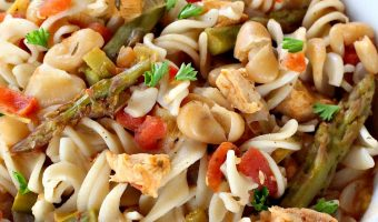 Slow Cooker Spicy Chicken Pasta