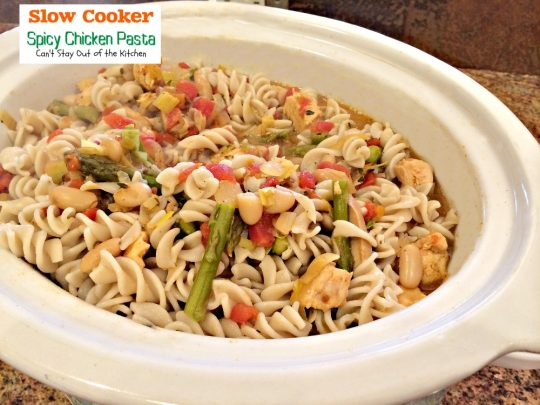 Slow Cooker Spicy Chicken Pasta | Can't Stay Out of the Kitchen | wonderful #Tex-Mex flavors are added to this #chicken and #pasta dish. #glutenfree #asparagus #cannellinibeans